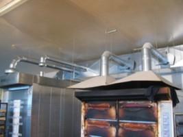 монтаж вытяжных зонтов из оцинкованной стали в пекарном цеху, с.Погребы Украина