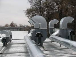 монтаж вентиляционного оборудования на кровле г.Киев, Украина