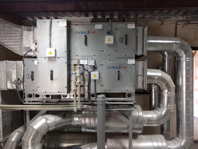 монтаж приточно-вытяжной установки напольного типа системы вентиляции в офисе, г Киев